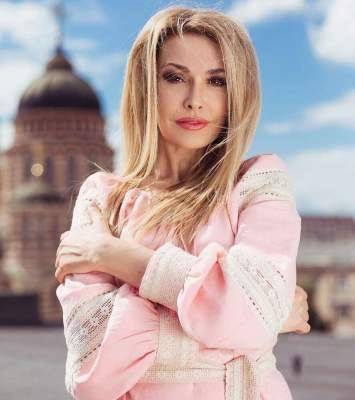 Без макияжа и с мужем: Ольга Сумская поделилась новым селфи