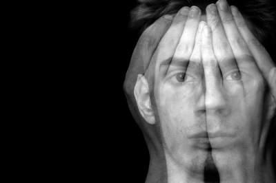 Медики рассказали, кому следует бояться шизофрении