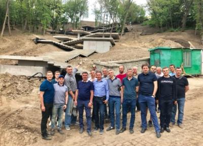 Стало известно, когда в Киеве откроют обновленную Владимирскую горку