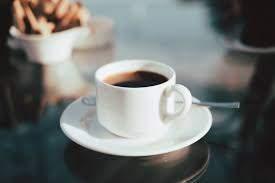 Медики сказали, когда стоит выпивать первую чашку кофе