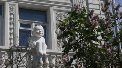 В Киеве восстановили скульптуру Ангела доброты