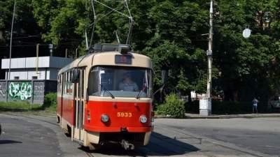 Некоторые киевские трамваи временно меняют маршрут движения