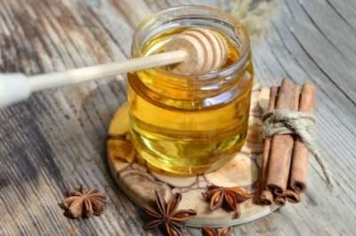 Что будет с организмом, если регулярно есть мед с корицей