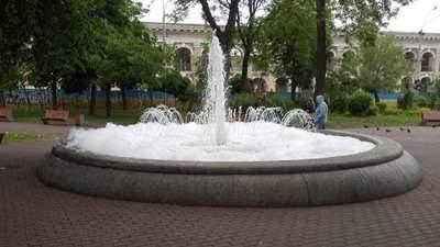 В Киеве из-за вандалов пришлось выключить один из фонтанов