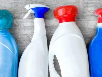 Медики назвали самые опасные моющие средства