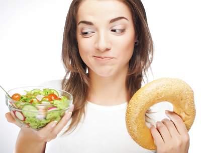 Названы доступные, но вредные для здоровья продукты
