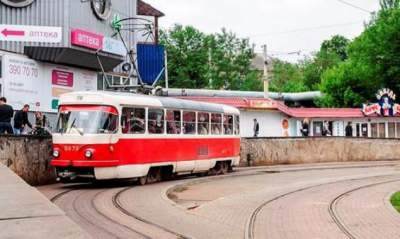 В Киеве до утра закроют два трамвайных маршрута