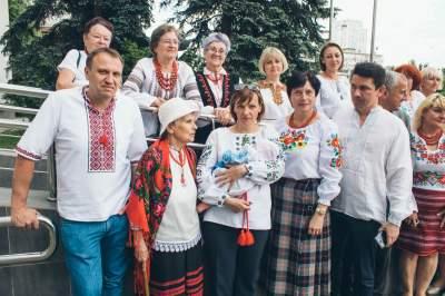 Жители Киева поставили новый вышиванковый рекорд Украины