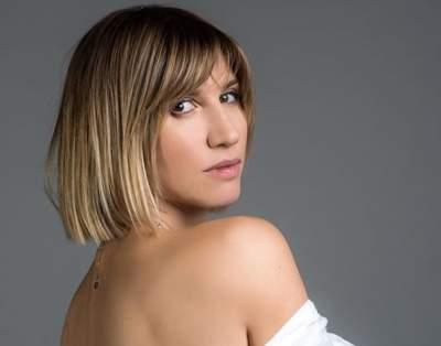 Анита Луценко похвалилась фигурой в купальнике