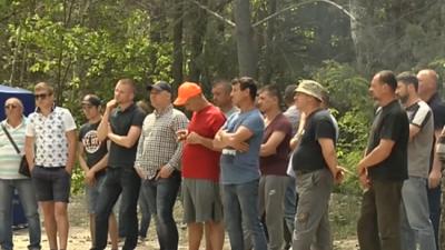 Под Киевом активисты перекрыли дороги: названа причина