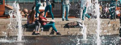Киевлянам напомнили, почему нельзя купаться в фонтанах