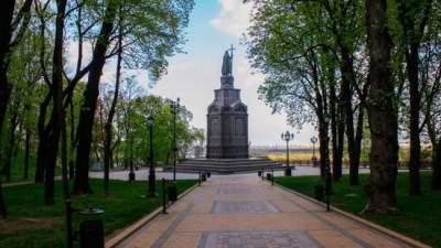 Киевлянам рассказали, когда откроют парк «Владимирская горка»