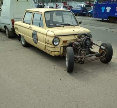 Киевлян впечатлил автомобиль-мутант