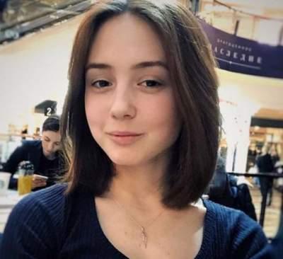 Самая младшая героиня «Папиных дочек» поделилась современным фото