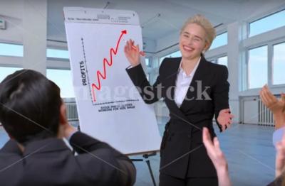 Эмилия Кларк снялась в ироничной фотосессии