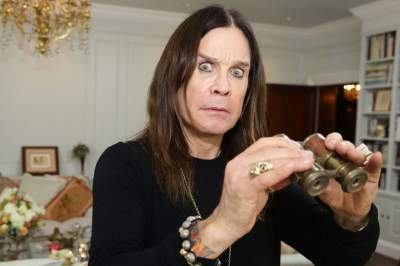Знаменитый рок-музыкант забыл свой возраст