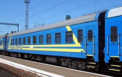 «Укрзализныця» летом пустит дополнительные поезда в Одессу