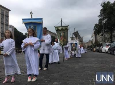 В Киеве прошло молитвенное шествие