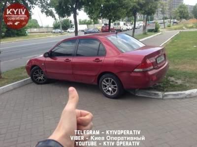 В Киеве обсуждают необычного «героя парковки»