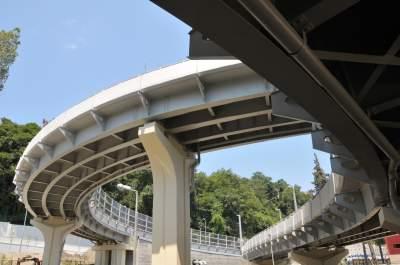 Киевлянам обещают построить новые дорожные развязки