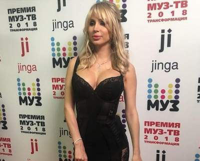 Светлана Лобода вышла на красную дорожку впервые после родов