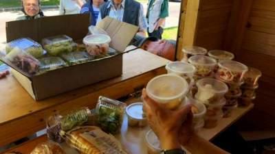В Голосеевском районе Киева пенсионеров накормят бесплатно