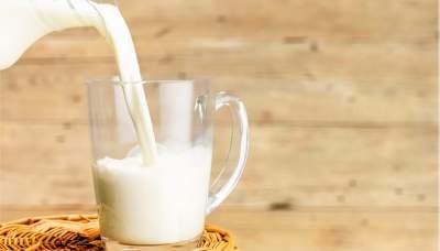 Медики опровергли популярные мифы о молоке