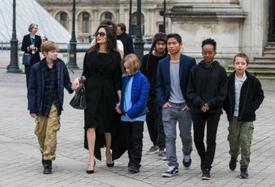 Анджелина Джоли получила жесткий приговор суда по делу развода