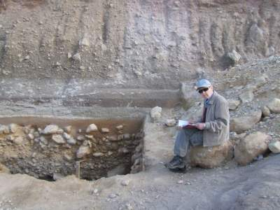 На 101-м году жизни скончался легендарный археолог