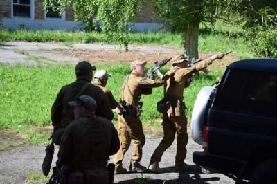 Опубликованы впечатляющие кадры учений украинских спецназовцев