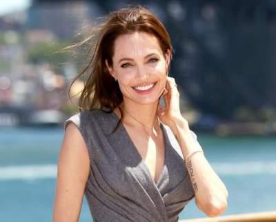 Стало известно, с кем встречается Анджелина Джоли