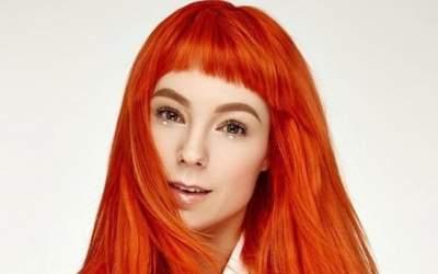Украинская певица показала фото без макияжа