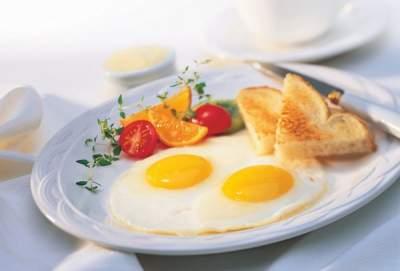 Как приготовить яйца на завтрак с пользой для здоровья