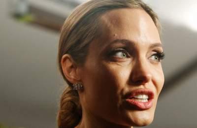 Коллеги Джоли в бешенстве из-за поведения актрисы
