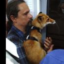 В киевском метро заметили мужчину с хищным животным