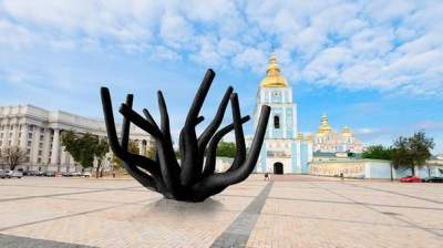 В Киеве на Михайловской площади появится необычный арт-объект
