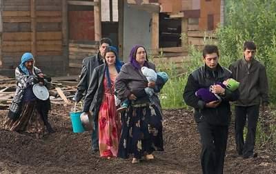 Активисты, разгромившие лагерь ромов в Киеве, раскрыли подробности нападения