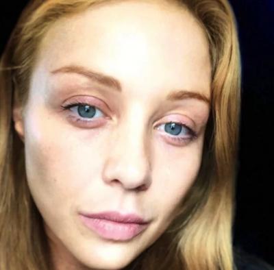 Тина Кароль появилась перед своими поклонниками без макияжа