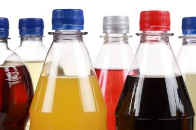 Вредные свойства газированных напитков, о которых многие не знают