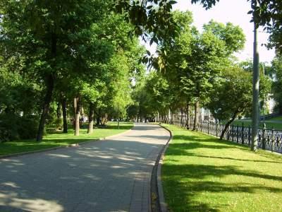 В Киеве обустроят десять новых зеленых зон