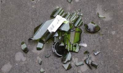 Неадекватная женщина «терроризирует» жителей киевских Березняков