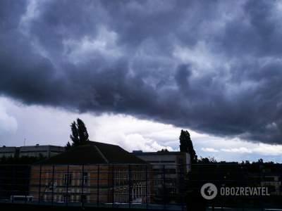 В Киеве вновь объявлено штормовое предупреждение
