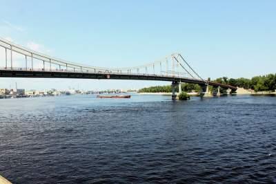 В Киеве День Днепра отметят традиционным заплывом