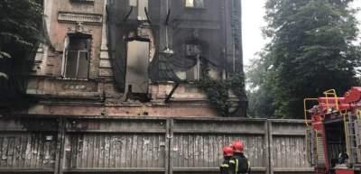 На Подоле горело историческое здание XIX века