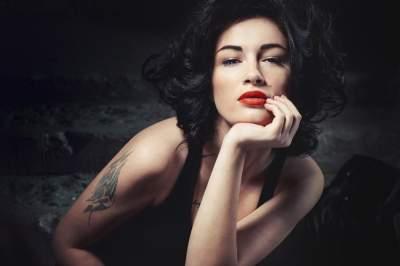 Анастасия Приходько показала новую татуировку
