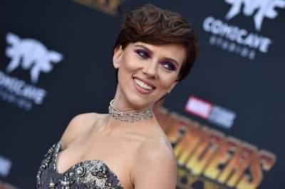 Скарлетт Йоханссон подвергли критике за новую роль в кино