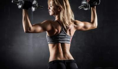 Ученые объяснили, кому важно делать силовые упражнения