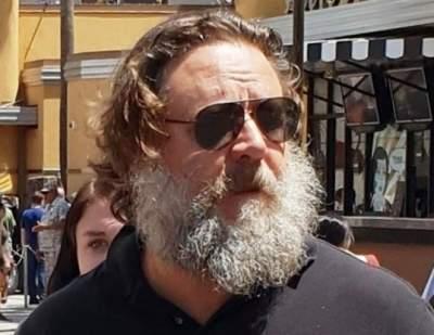 Рассел Кроу сильно потолстел и отрастил бороду
