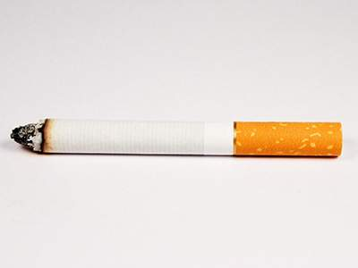 Врачи объяснили, может ли появиться зависимость после первой сигареты