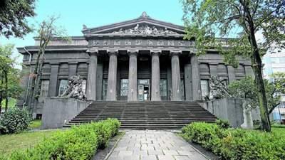 Киевлянам обещают отреставрировать художественный музей